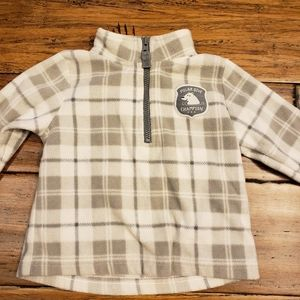 5/$20 polar bear pull over jacket 6m